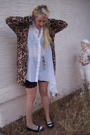 biker H&amp;M shorts - leopard print MinkPink cardigan - Cheap Monday blouse - spect