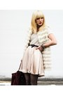 Neutral-faux-fur-forever-21-vest-off-white-anthropologie-dress