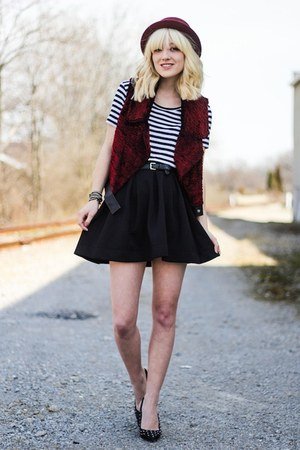 ruby red thrifted vest - black Nasty Gal skirt