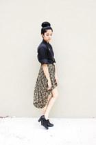 black cotton Oscar de la Renta shirt - dark brown silk vintage skirt