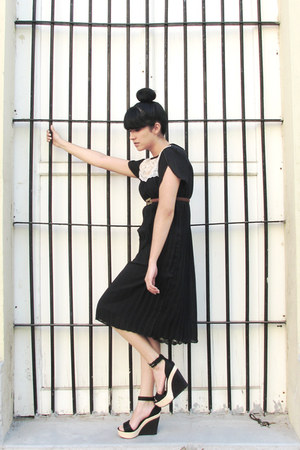 black unknown unknown shoes - black vintage dress vintage dress - light brown le