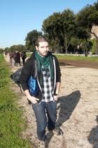 American Apparel - pull&bear scarf - vintage from Ebay shirt - H&M jeans - Ameri
