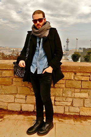 vintage Levis shirt - H&amp;M coat - H&amp;M scarf - tee American Apparel - Zara pants