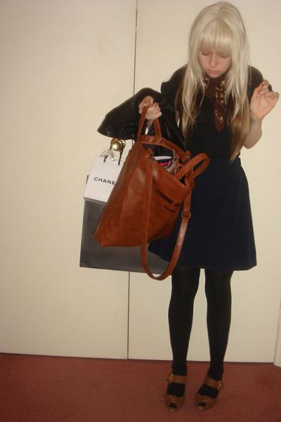 Sportsgirl t-shirt - Hand Made skirt - tony bianco shoes - Louis Vuitton scarf