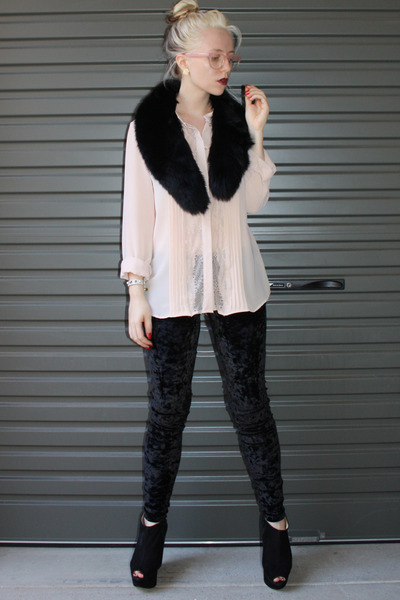 beige bardot shirt - black cotton on pants - black Topshop shoes - black collar