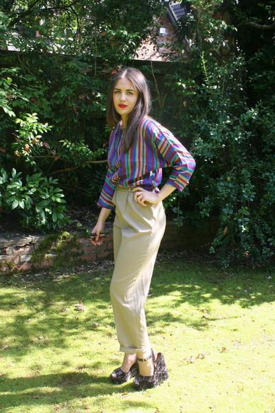 amethyst mums vintage blouse - tan vintage pants - deep purple Kurt Geiger wedge