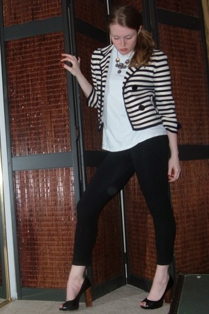 forever 21 leggings - Hanes t-shirt - Aldo shoes - Jcrew jacket