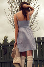 Light-blue-cotton-old-american-eagle-dress-cream-urban-outfitters-socks-crea