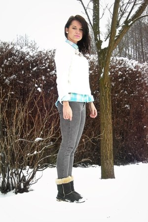 cream second hand sweater - forest green boots - aquamarine reserved shirt