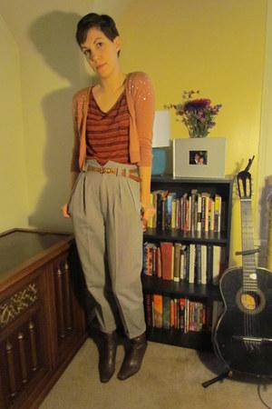 beige vintage pants - brown Eddie Bauer boots - brick red Von Maur top