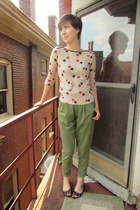 beige Old Navy top - olive green vintage pants - black Michael Kors flats