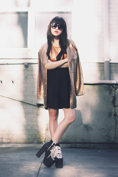 gold waxed August Street cardigan - UNIF heels