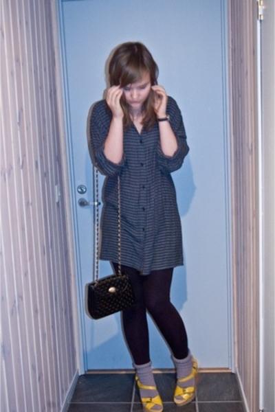 mums old dress - vintage purse - Skopunkten shoes - old socks