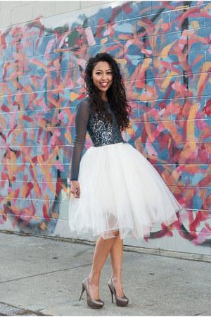 white tulle tutu Alyssa Nicole skirt - blue mesh Urban Outfitters top
