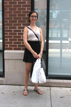 brown tourtise shell glasses - black purse - silver sandals - off white top