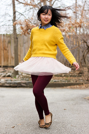 brick red tights - yellow mustard sweater - periwinkle chambray shirt