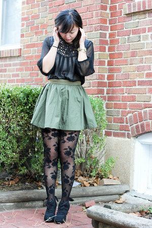 black rose print Forever 21 tights - olive green a-line H&amp;M skirt