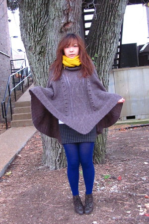 dark brown H&M top - yellow merona scarf - gray Forever21 skirt - blue merona ti