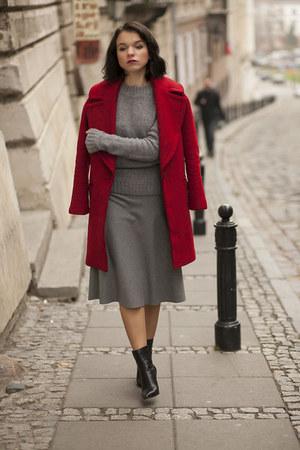 Zara coat - venezia boots - Zara shirt
