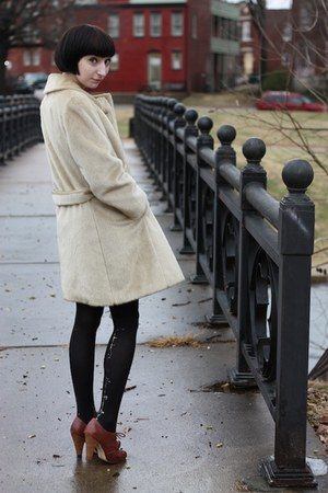 vintage coat - vintage dress - seychelles heels - Gal Stern tights - thelittlefo