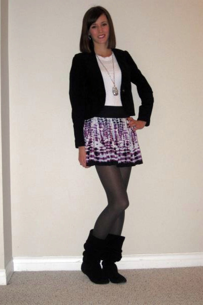 Forever21 skirt - Forever21 necklace - Old Navy blazer - Steve Madden boots