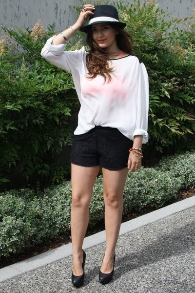 white Zara blouse - black lace reformed shorts - black Aldo pumps