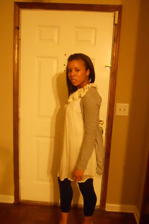 white Marshalls top - black poof tights - gray sweater