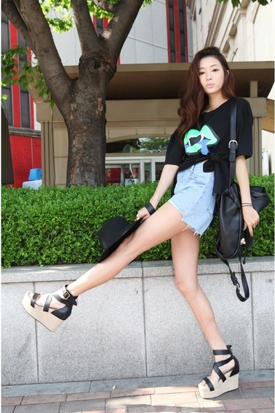light blue shorts - black shirt