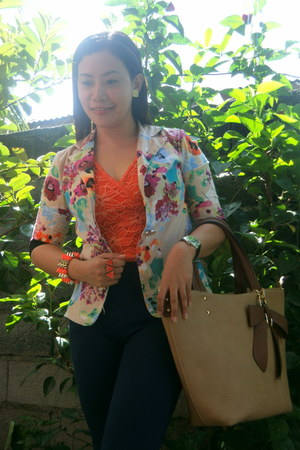 orange full lace blouse - tan floral blazer - tan Michael Kors bag