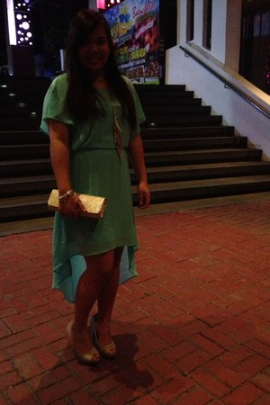 aquamarine mullet Forever 21 dress - gold thrifted purse