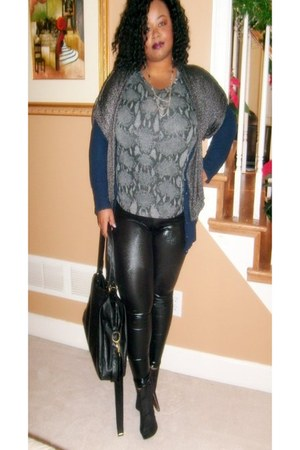 navy Forever21 cardigan - Wet Seal leggings - Forever21 boots - H&M bag