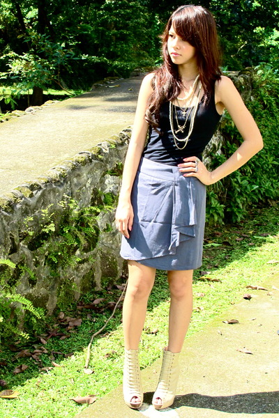black Forever 21 - heather gray Forever 21 skirt - beige Forever 21 - Forever 21