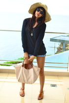 black Topshop sweater - Urban Outfitters shorts - beige longchamp - orange Topsh