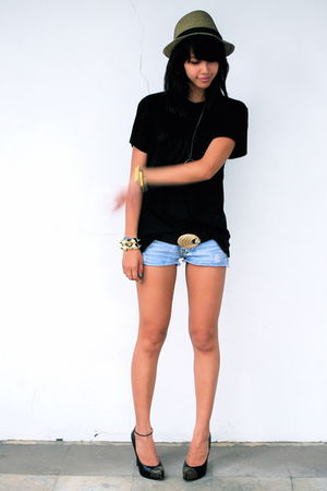 Zara - black Topman - black belt - Forever 21 shorts - black Dolce Vita