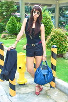 white Aranaz - black Forever 21 - Gucci - black Mango shorts - red CMG - blue