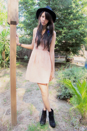 suede Forever 21 boots - Topshop dress - felt Forever 21 hat