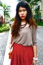 Light-brown-knit-forever-21-top-red-forever-21-skirt