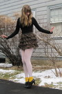 Black-f21-sweater-red-f21-skirt-gold-socks-black-h-m-shoes