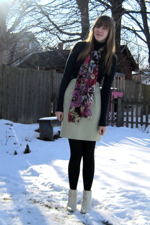 blue Kohls sweater - green handmedown from aunt skirt - pink vintage scarf - whi