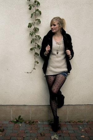 pink blouse - black shoes - black jacket - blue shorts