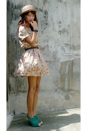 beige vintage dress - black from vietnam belt - green bought online shoes - gold