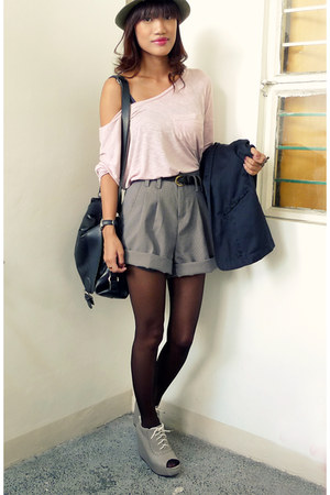 green From HK hat - light pink Esprit shirt - black Archiveclothing shorts - hea