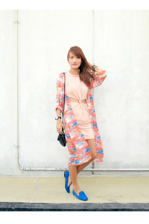 long Closet Chic cardigan - Primadonn shoes - Christian Siriano for Payless bag