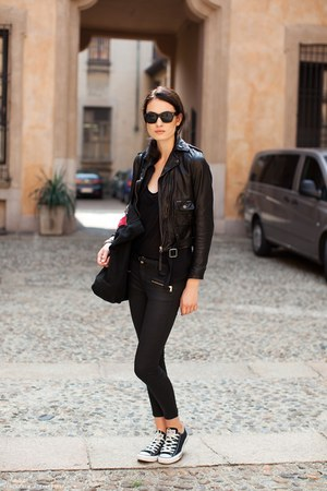 black leather jacket - black Converse sneakers