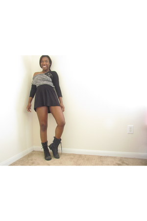 black spiked GoJane boots - gray studded Forever 21 sweater