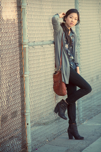 black Lucky Brand boots - black Furst jeans - heather gray Forever 21 cardigan