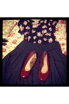 ruby red pumps - navy top - navy skirt