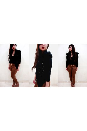 black cardigan - brown pants - brown boots