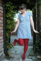 blue dress - red tights - red shoes