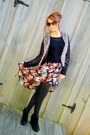 Sky-blue-floral-h-m-skirt-black-knit-forever-21-sweater